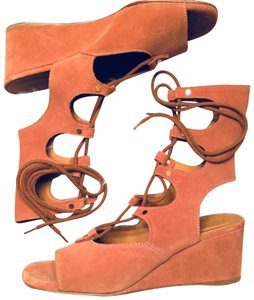Chlo Camel Brown Wedges