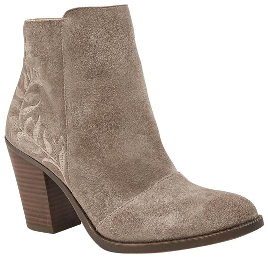 Preload https://img-static.tradesy.com/item/22675664/lucky-brand-tan-elenor-embroidered-heel-suede-leather-ankle-bootsbooties-size-us-7-regular-m-b-0-1-540-540.jpg