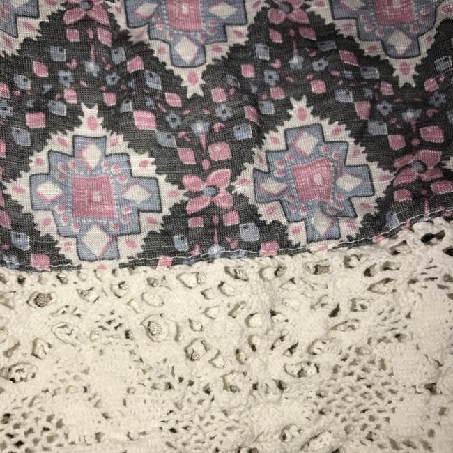Anthropologie Top Gray Pink White