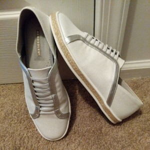 Aerosoles White Silver Athletic