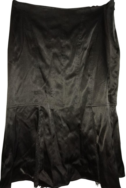 Preload https://img-static.tradesy.com/item/22676321/laundry-by-shelli-segal-black-silk-with-lace-inserts-knee-length-skirt-size-0-xs-25-0-1-650-650.jpg