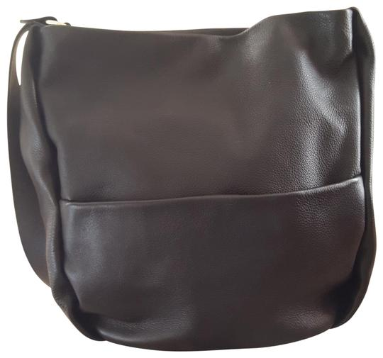 Preload https://img-static.tradesy.com/item/22676620/zara-large-hobo-leather-cross-body-bag-0-1-540-540.jpg