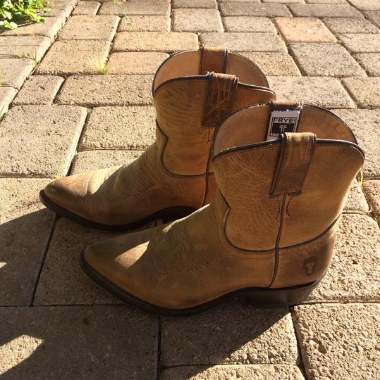 Frye Western Distressed Tan Boots