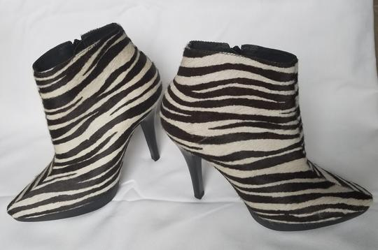 Steve Madden Stiletto Black white zebra stripes animal print Boots Image 11