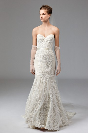 Preload https://img-static.tradesy.com/item/22677140/watters-ivorychampagne-sazani-embroidered-lace-english-netting-stretch-satin-double-faced-satin-ribb-0-0-540-540.jpg