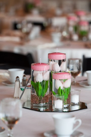 Preload https://img-static.tradesy.com/item/22677313/quick-candles-pale-pink-submersible-light-floral-centerpiece-0-0-540-540.jpg