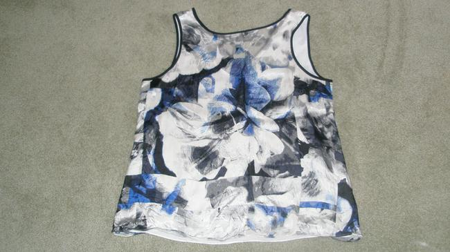 White House | Black Market Sleeveless Shell Top Blue/White