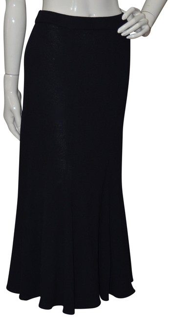 Preload https://img-static.tradesy.com/item/22677373/st-john-blue-collection-new-without-tags-knit-skirt-size-8-m-29-30-0-1-650-650.jpg