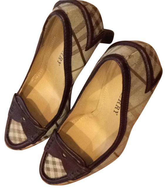 Item - Brown Tan Classic Pumps Size EU 36 (Approx. US 6) Narrow (Aa, N)