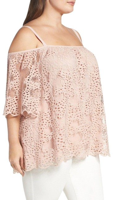 Preload https://img-static.tradesy.com/item/22677465/vince-camuto-pink-new-lace-cold-shoulder-shirt-coral-2x-blouse-size-22-plus-2x-0-2-650-650.jpg