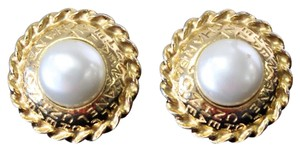 Chanel Chanel Mother of Pearl Vintage Earrings Clip On Classic Sold Out Rare
