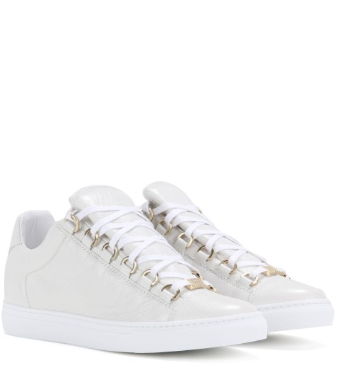 Preload https://img-static.tradesy.com/item/22677925/balenciaga-white-low-top-arena-sneakers-womens-sz-fits-8-sneakers-size-eu-39-approx-us-9-narrow-aa-n-0-1-540-540.jpg