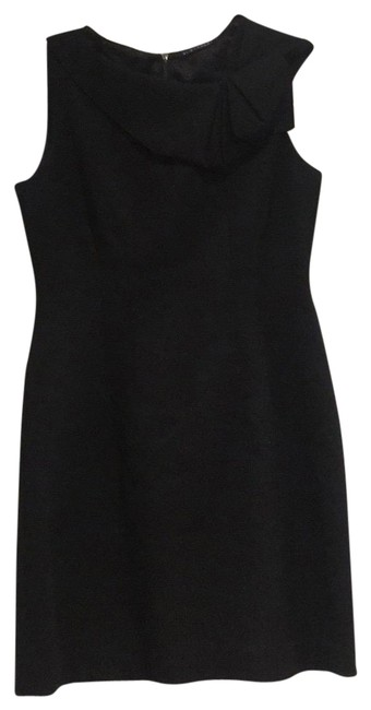 Preload https://img-static.tradesy.com/item/22679090/elie-tahari-black-ruffle-neck-formal-dress-size-6-s-0-1-650-650.jpg