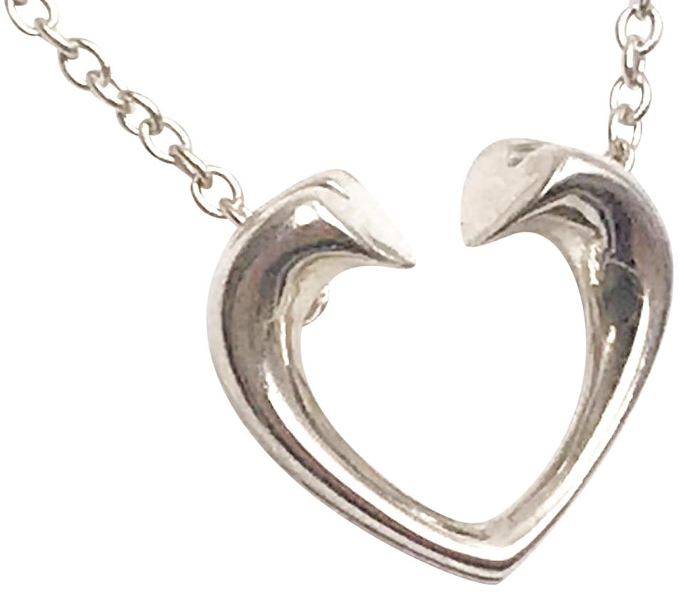 4afff2088 Tiffany & Co. Vintage Paloma Picasso Heart Pendant Necklace Image 0 ...