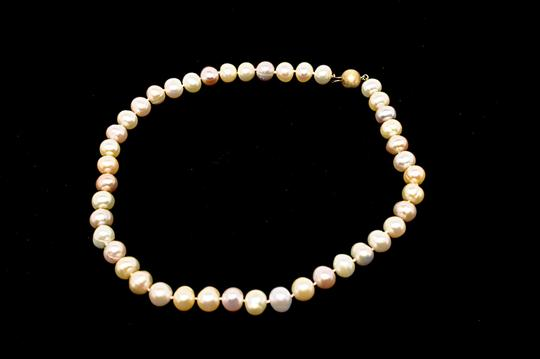 Designer LUSTROUS Fresh Water PEARL Beaded Necklace - Subtle 3 Hues Image 2