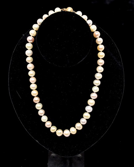 Designer LUSTROUS Fresh Water PEARL Beaded Necklace - Subtle 3 Hues Image 3