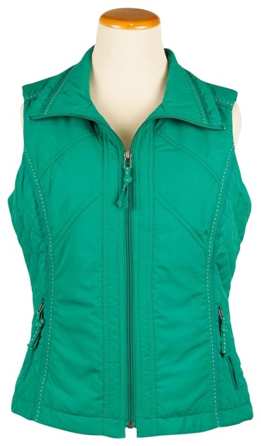 Preload https://img-static.tradesy.com/item/22679833/coldwater-creek-green-quilted-sides-zipper-pockets-vest-size-6-s-0-1-650-650.jpg