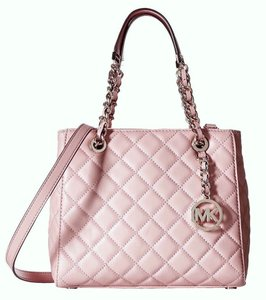 Michael Kors Discounted Tote in Pink