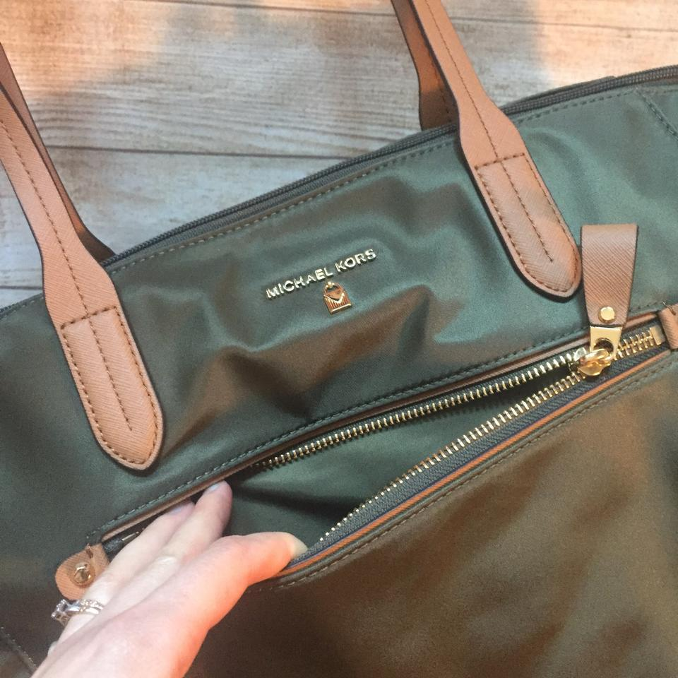 f07e5bed1 MICHAEL Michael Kors Kelsey Nylon Tote in Olive Green Image 11.  123456789101112