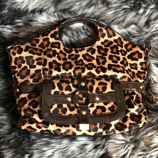 Michael Kors Calf-hair Patent Leather Tote in Leopard print Image 3