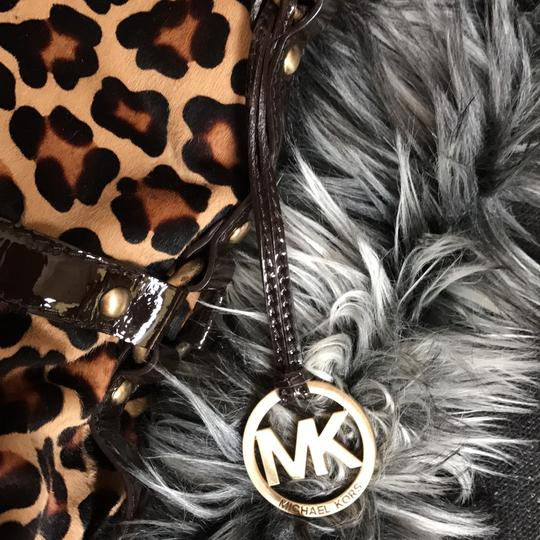 Michael Kors Calf-hair Patent Leather Tote in Leopard print Image 5