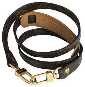 Louis Vuitton Monogram LV shoulder strap 35'