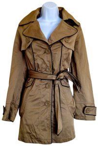 Lucid Classic Fawn Shiny Trench Coat