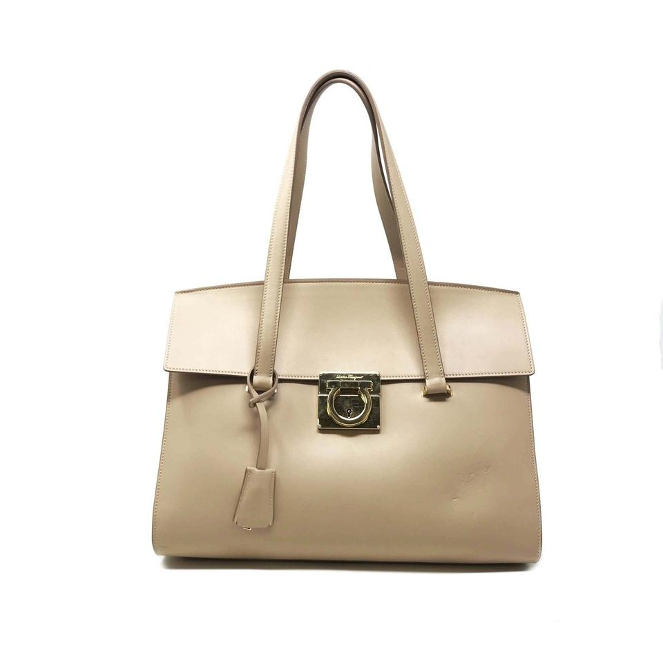 87c02eb442e0 Salvatore Ferragamo Mara Beige Leather Cross Body Bag - Tradesy