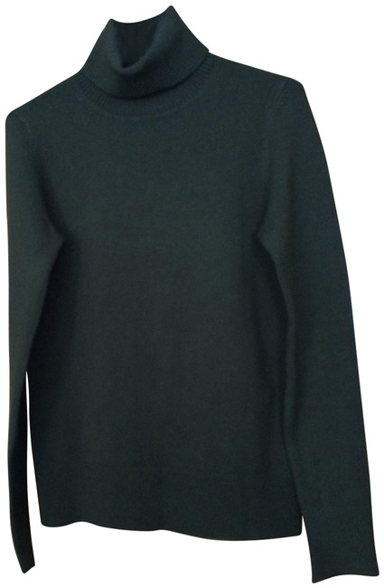 Preload https://img-static.tradesy.com/item/22681618/french-connection-green-turtleneck-sweaterpullover-size-12-l-0-1-650-650.jpg