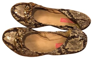 Betsey Johnson gray and brown snakeskin Flats