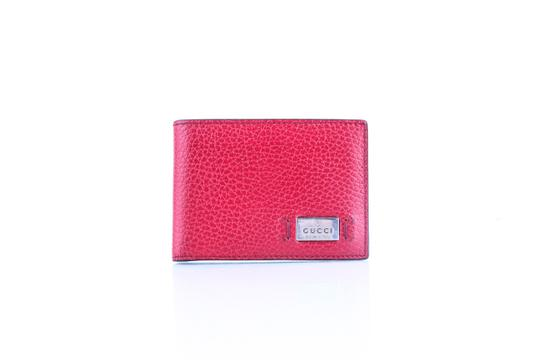 Preload https://img-static.tradesy.com/item/22681774/gucci-red-textured-leather-metal-logo-tag-small-bifold-wallet-0-0-540-540.jpg