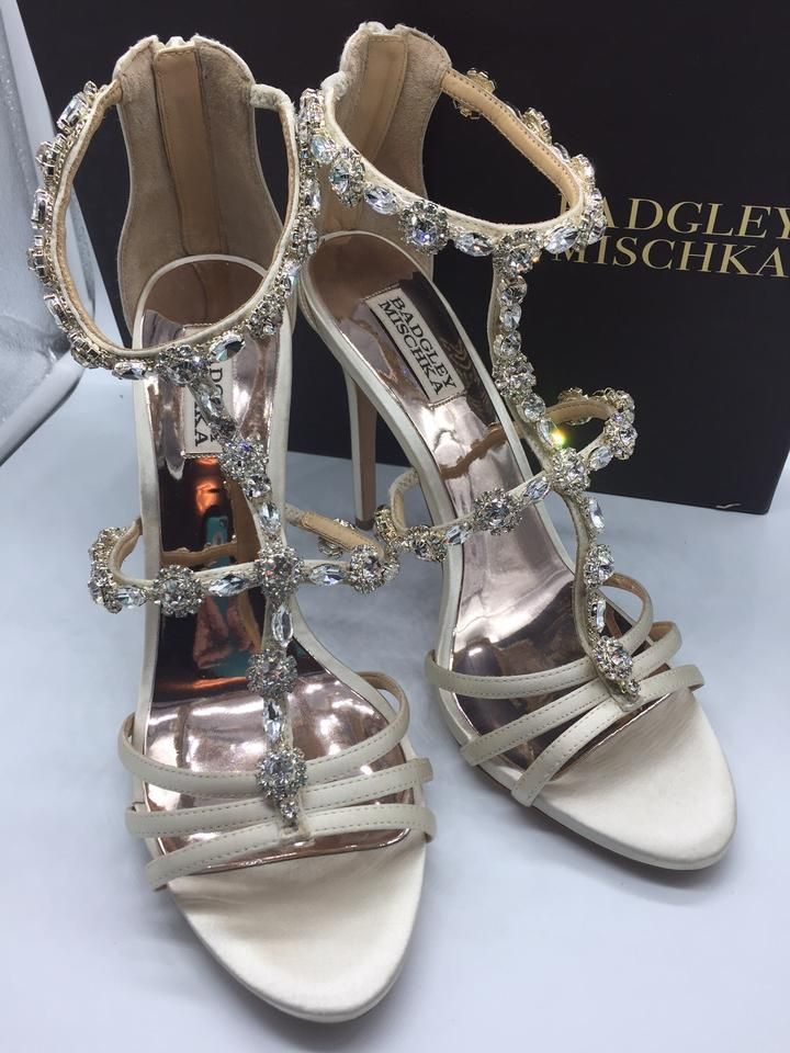a94a65d0243 Badgley Mischka Ivory Thelma Satin Crystal T-strap Evening Sandal Formal  Shoes Size US 9.5 Regular (M
