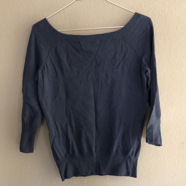 American Eagle Outfitters V Neck 3/4 Sleeve Sweater Image 1