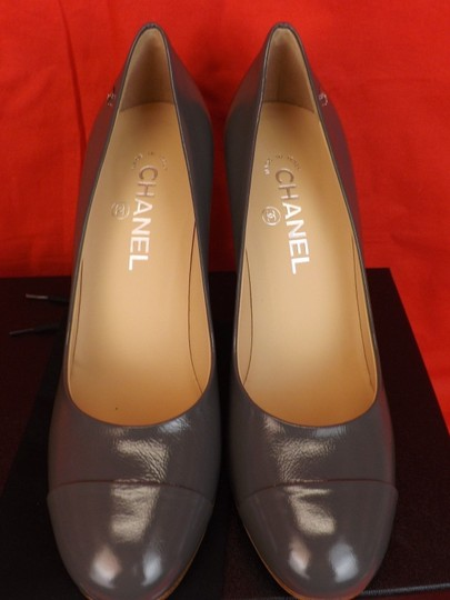 Chanel Leather Buckles Patent Quiled Gray Pumps Image 8