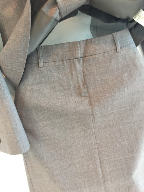 Theory Double-breasted skirt suit with ribbon detail Image 8