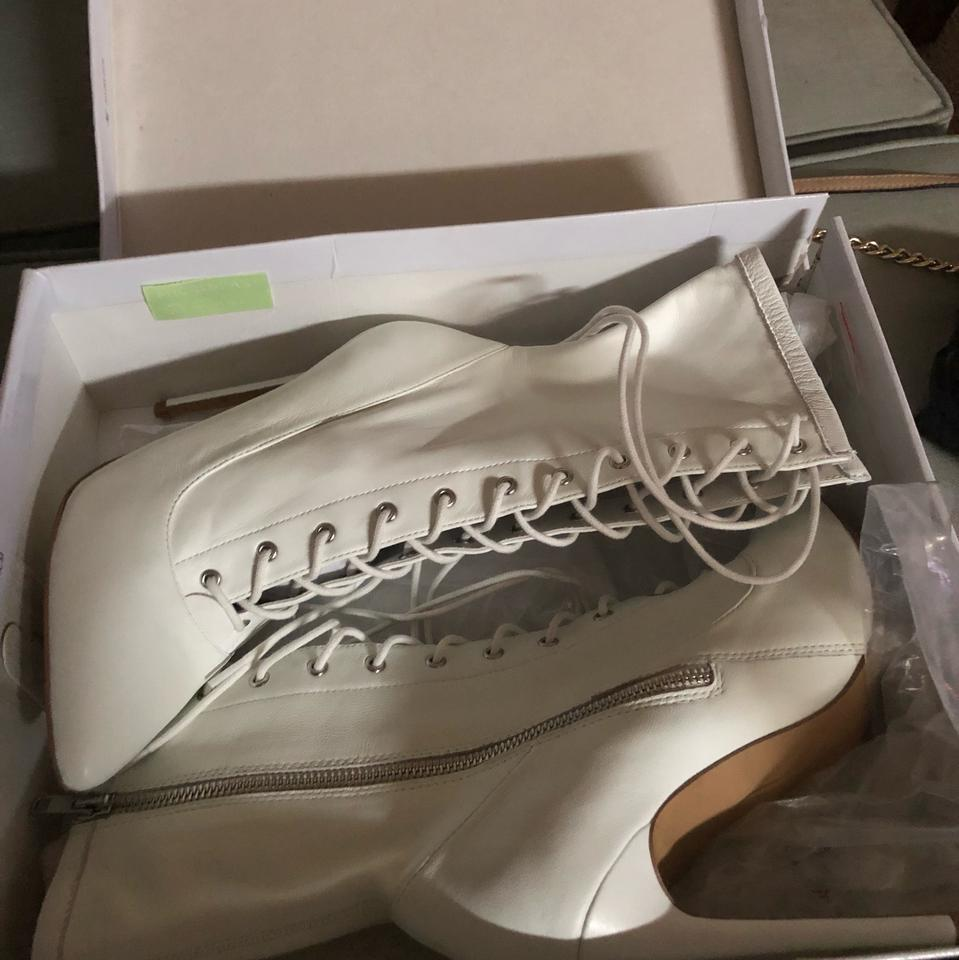 277f38566b9 Steve Madden White Satisfied Boots Booties Size US 8.5 Regular (M