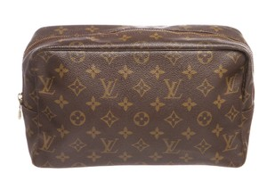 Louis Vuitton Louis Vuitton Monogram Canvas Leather Toiletry Pouch Bag