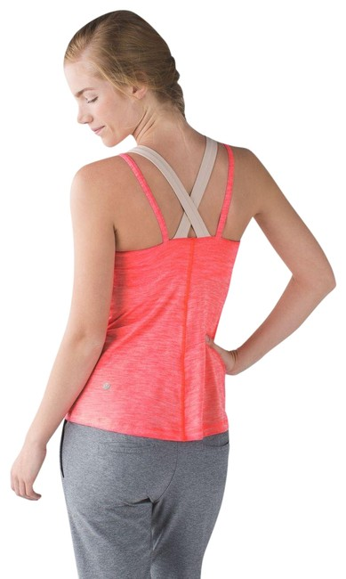 Preload https://item5.tradesy.com/images/lululemon-heathered-electric-coral-run-for-activewear-top-size-6-s-28-22686134-0-1.jpg?width=400&height=650