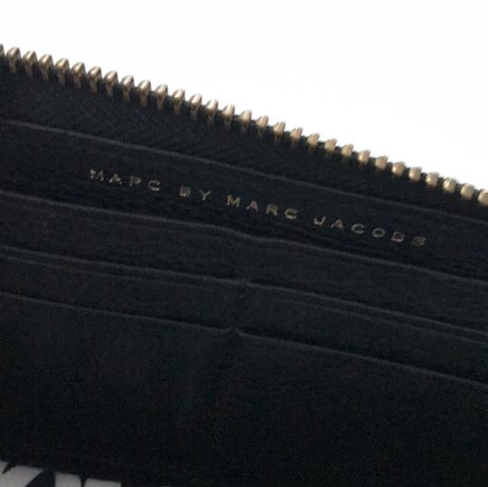 Marc by Marc Jacobs Black Leather Zip Around Wallet