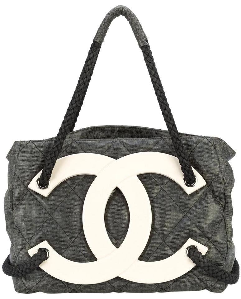 f6d35db9d9e1be Chanel Cruise Beach Sex And The City Limited Edition Tote in Black Image 0  ...