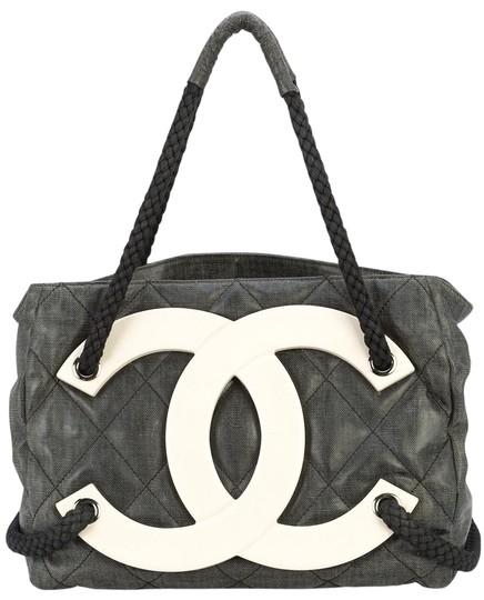 Chanel Cruise Beach Sex And The City Limited Edition Tote in Black