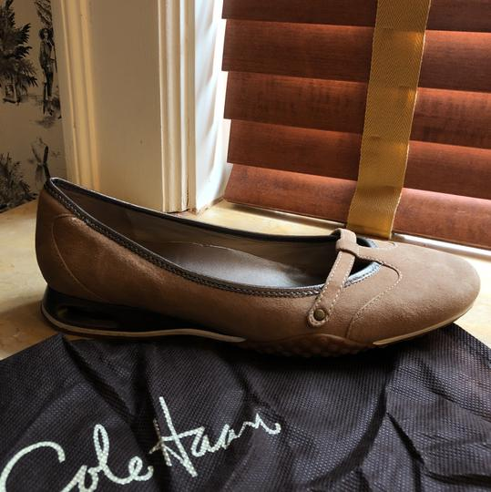 Cole Haan Taupe suede Flats