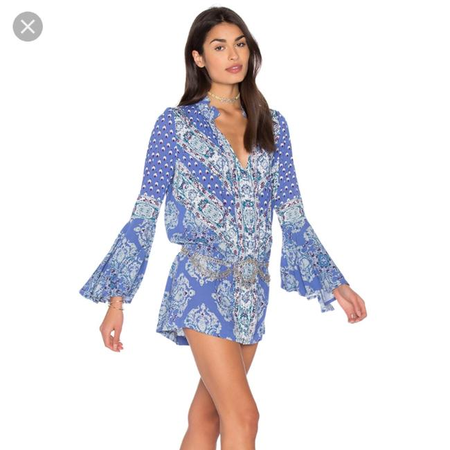 Preload https://item3.tradesy.com/images/free-people-blue-white-plum-magic-mystery-tunic-short-casual-dress-size-2-xs-22687127-0-0.jpg?width=400&height=650