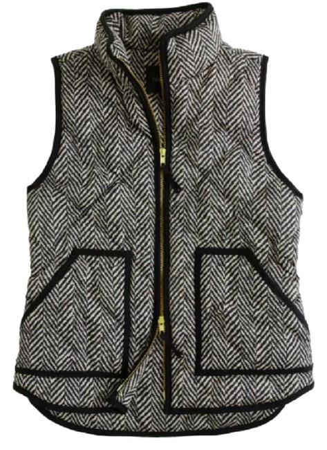 Preload https://item4.tradesy.com/images/jcrew-black-and-white-excursion-quilted-in-herringbone-vest-size-2-xs-22687308-0-2.jpg?width=400&height=650