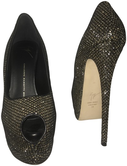 Preload https://item4.tradesy.com/images/giuseppe-zanotti-black-and-gold-platform-fishnet-sparkle-formal-shoes-size-eu-38-approx-us-8-regular-22687438-0-1.jpg?width=440&height=440