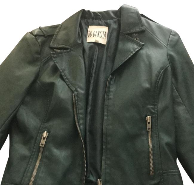 Preload https://img-static.tradesy.com/item/22687592/bb-dakota-dark-green-faux-moto-jacket-size-4-s-0-1-650-650.jpg