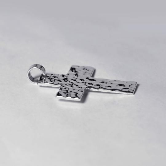 EDS Womens Mens Hammered Finish Religious Cross Pendant 925 Sterling