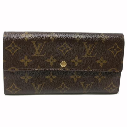 Preload https://img-static.tradesy.com/item/22687941/louis-vuitton-monogram-signature-lv-sarah-international-made-in-france-travel-wallet-0-3-540-540.jpg