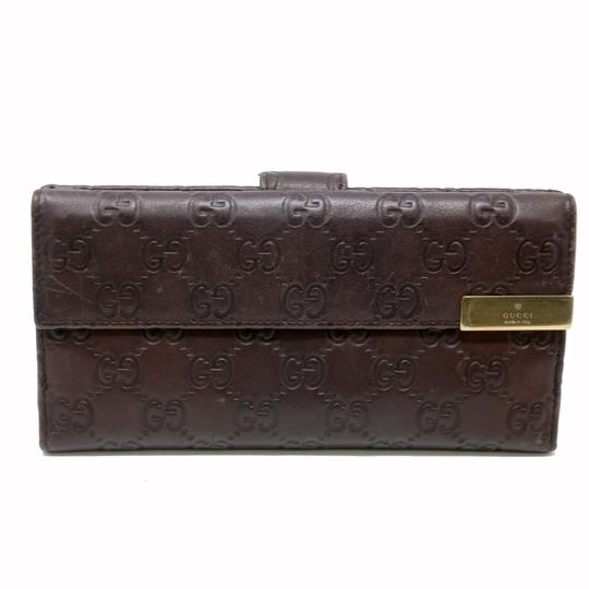 Preload https://img-static.tradesy.com/item/22688039/gucci-brown-signature-guccissima-gg-continental-dice-leather-wallet-0-1-540-540.jpg