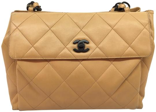 Preload https://item2.tradesy.com/images/chanel-quilted-flap-tote-with-woodgrain-hardware-brown-leather-shoulder-bag-22688166-0-1.jpg?width=440&height=440